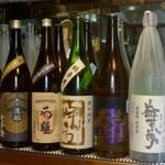 蕎麦酒屋 ぜんぜん - 各種日本酒を取り揃えてございます。