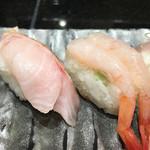 廻る富山湾 すし玉 - 料理写真:「かがやき7セブン」1400円(税抜き)ののどぐろと甘えび