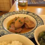 ホイアン - ベトナム風豚肉と卵の煮物