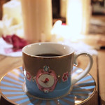 シークレットゲート カフェ - コーヒー一杯でこの空間を堪能していただけます。カフェタイムならおかわりもつきますのでとってもお得です。