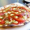 ハナハナ - 料理写真:2017年5月 ピザマルゲリータ【1030円】こんなピザ食べたの初めてです( ゚Д゚)