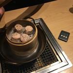 大衆亜細亜酒場 64餃子 -