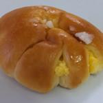 いのパン店 - クリームパン150円
