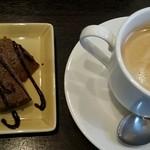ビアー ダイニング パーム - デザートとコーヒー
