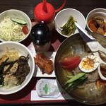 コリアン・マチャ - 冷麺セット(ピビンバ)1400円