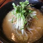 鶏そば屋 天頂 - 料理写真: