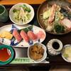 手打ちそば うどん 富 - 料理写真:まぐろ寿司野菜天セット 950円