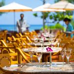 セイルフィッシュ カフェ - ビーチを眺めながら食事を楽しめるテラス席