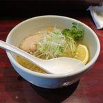 らーめん 千太 - 料理写真:冷やしつゆらーめん しお(800円)