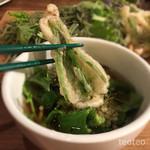 GoGoパクチー - パクチーの茎の根っこ部分の天ぷら