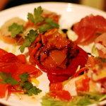 アルマドーレ - おまかせ前菜5種類盛合せ。