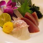 ていじ - 高知県産 本鰹・高知県産 はまち・愛媛県産 真鯛のお造り三種盛