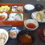 日本料理 田や - 松花堂弁当
