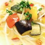 餃子バル なつめや - 洋風麺