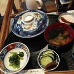 藤乃 - うな丼(小)初期状態