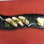 酒kure - サーモンの炙り握り
