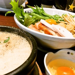 【外国人にも人気!】鶏すきやき風つけ麺