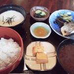 69573906 - 麦とろ御膳(焼魚コース)1,000円(税込)