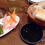 グッドミート・バル - ・本日のピクルス ¥380(410)