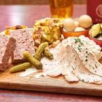肉ビストロ&クラフトビール ランプラント - タパス盛り合わせ