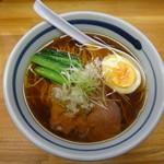 モヒカンらーめん - 料理写真:醤油ラーメン