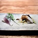 中華たかせ - 鯵のマリネの花椒(ホワジャン)風味 あおりいかの胡麻ソースと黒酢ジュレ