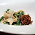 中華たかせ - タイラギ貝、ミル貝と広東野菜の炒め オリジナルXO醤添え