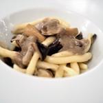 リストランテ センソ - ストロッツァプレティ きのこ 貝類