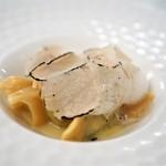 リストランテ センソ - 水牛乳製リコッタといらぐさのラビオリ バターソース サマートリュフ