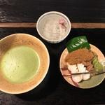 69585814 - 志んこと抹茶のセット 840円(税込)