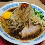 麺屋 ひしお - 紀州湯浅吟醸醤油ラーメン(生卵、もやしトッピング)