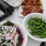 福ビル しばふビアガーデン - サラダや枝豆など~