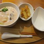 カユ デ ロワ - 料理写真:カイセン&油条(揚げパン)