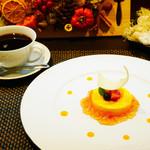 Kokoro - マンゴーのムースグラッセ  紅茶のジュレ添え