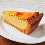 濃厚とろけるカマンベールチーズケーキ