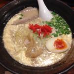 69601378 - 感動的マヨ豚骨麺 790円