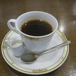 ホワイトテラスチャンプ - 食後のコーヒー