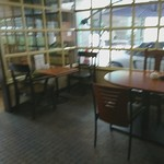 ホワイトテラスチャンプ - 店内の様子②