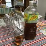 上杉食品 - ペットボトルお茶って香川では良くみるけど普通に使いにくいよね… 洗えないし熱いのいれれないし口小さいし