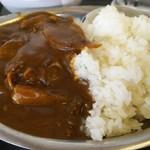 馬焼肉酒場 馬太郎 - 馬すじカレー(大盛り) 600円