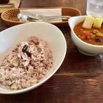 芝町カフェ - 豚バラと野菜のカレー
