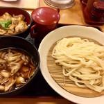 卯どん亭 - きのこ汁うどん+ミニ親子丼