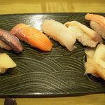 6961554 - 特上寿司の一部