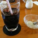 ひまわり - ランチのデザートとドリンク