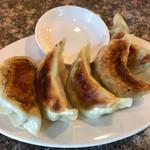 金竜 - 料理写真:餃子