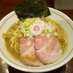 煮干中華そば鈴蘭 - 煮干そば 780円