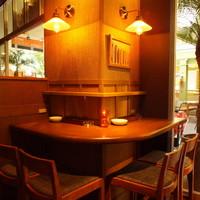 テーブル席(4名様まで)