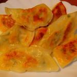 太子屋 - 豆腐餃子