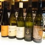 ワイン&フードショップ ラパン - 世界のリースリング飲み比べ