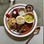 爬虫類両生類研究所8分室 - <イベント> ganga moon cafe 撮影は料理のみ